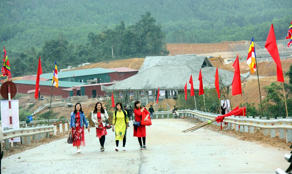 Tây Yên Tử , trước ngày khai hội, Tuấn Mậu, Sơn Động, Khu du lịch,  tâm linh, sinh thái