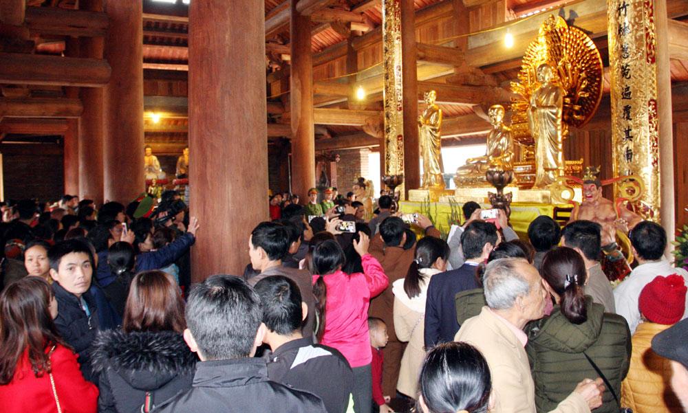 Nhiều hoạt động,  tại Khu du lịch tâm linh,  sinh thái, Tây Yên Tử