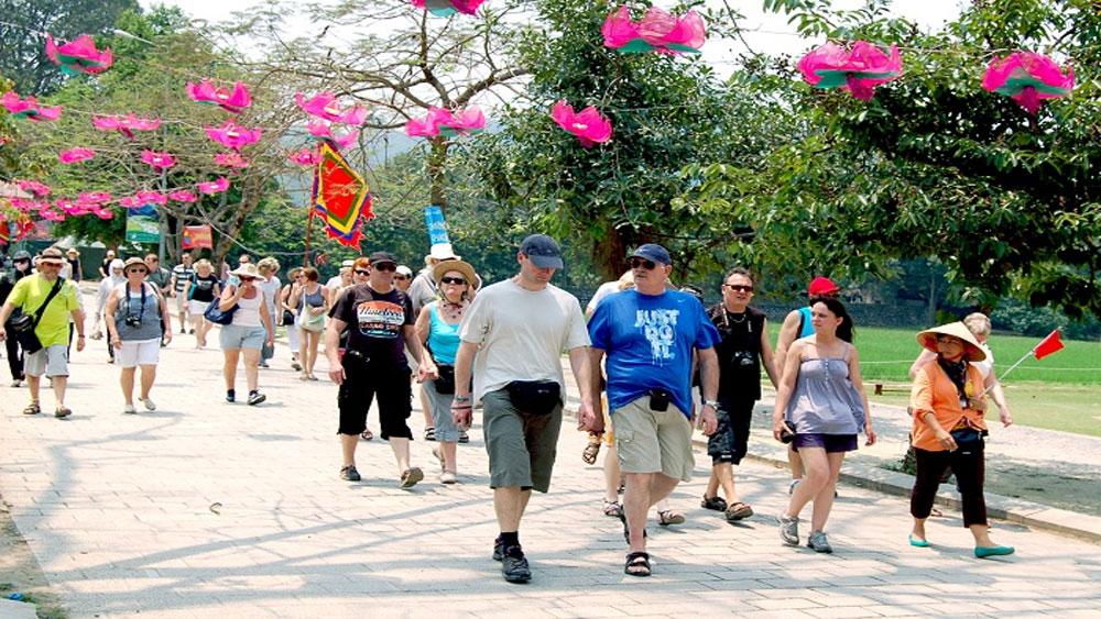 Khách quốc tế đến Việt Nam tiếp tục tăng ấn tượng trong tháng Tết