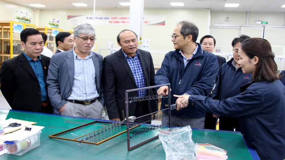 Chủ tịch UBND tỉnh Nguyễn Văn Linh làm việc với một số doanh nghiệp