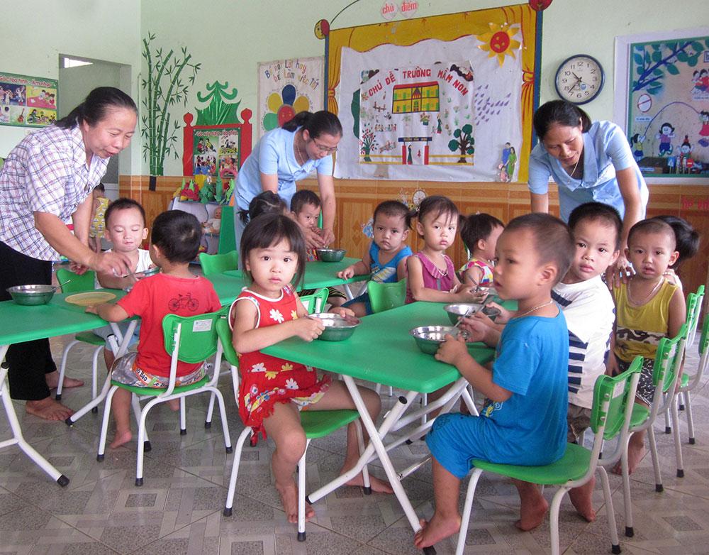 Phát triển, giáo dục mầm non ngoài công lập, khuyến khích, không buông lỏng
