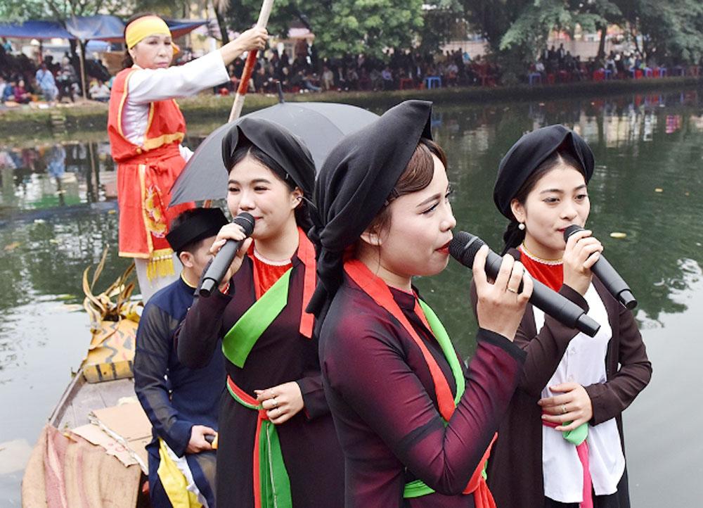 beautiful melodies, 'Quan Ho', folk singing, Lim festival, traditional value, world heritage