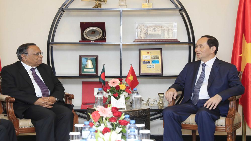Chủ tịch nước, Trần Đại Quang, thăm, nói chuyện, cán bộ, nhân viên, Đại sứ quán, Bangladesh