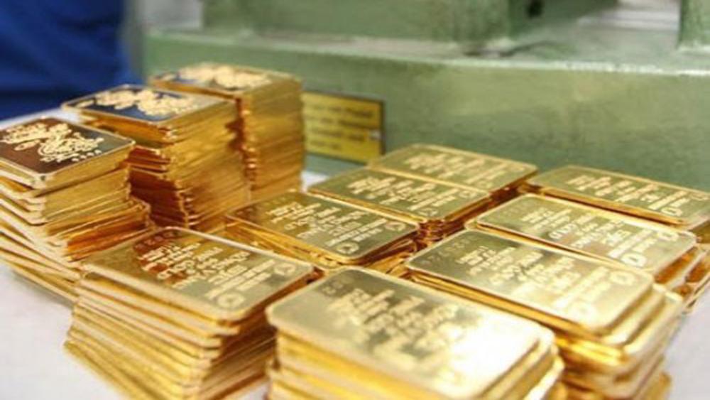 Vàng SJC đi lên trong phiên đầu tuần, tỷ giá trung tâm giảm 10 đồng