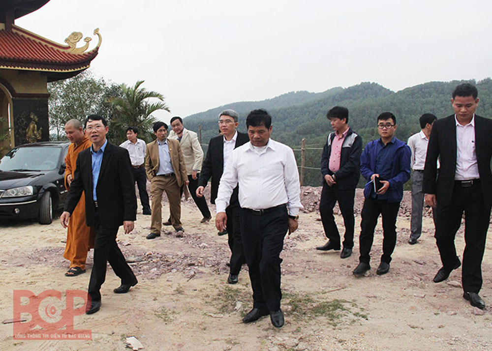 Bac Giang province, construction progress, Truc Lam Phuong Hoang, Zen Monastery project, provincial authority, long-term project, religious buildings, tourism services, landscape attractions, traffic system