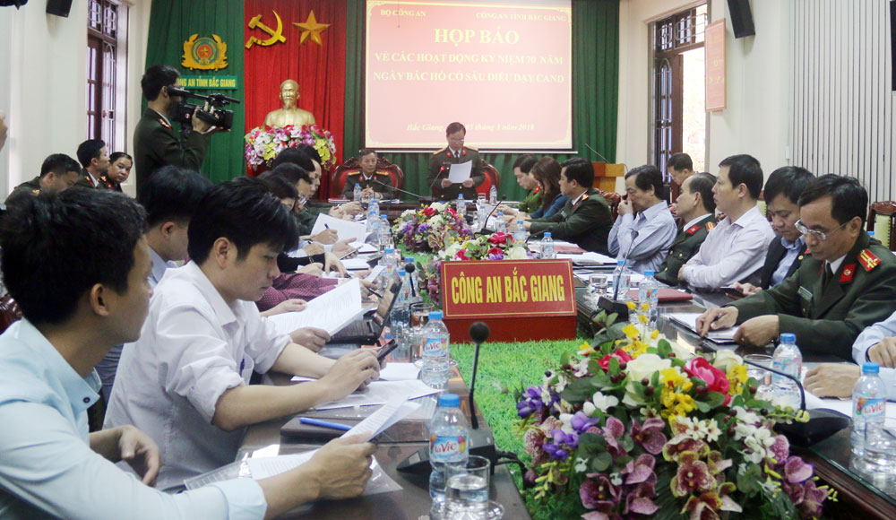 Nhiều hoạt động, Lễ kỷ niệm 70 năm,  ngày Bác Hồ,  6 điều dạy CAND,  Bắc Giang