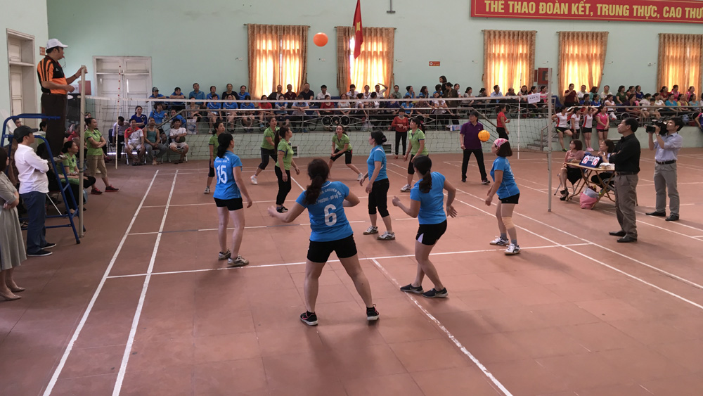 Giải bóng chuyền hơi nữ thành phố năm 2018