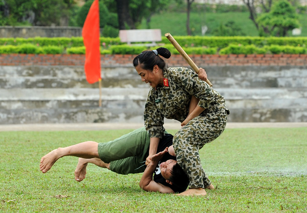 Vietnamese women play significant role in country's development