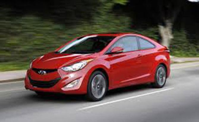 2,02 nghìn chiếc xe ô tô nguyên chiếc được nhập khẩu trong một tuần