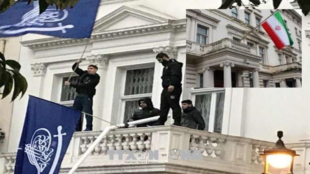 Iran yêu cầu Anh có biện pháp sau vụ xâm nhập trái phép Đại sứ quán