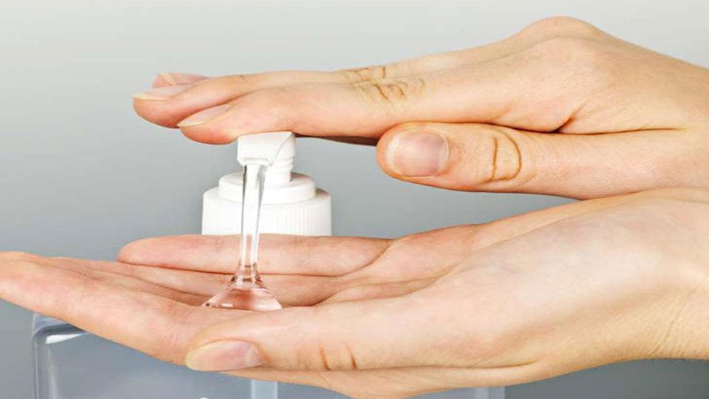 Nước rửa tay khô không an toàn như bạn tưởng