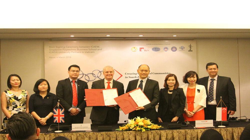 8 trường đại học Việt Nam hợp tác tích hợp chứng chỉ quốc tế về tài chính, kế toán