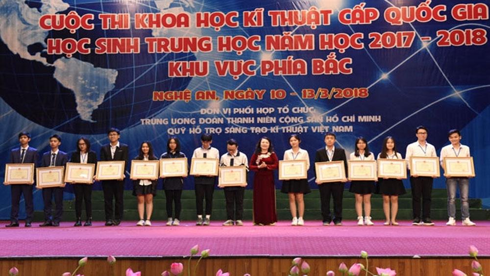 Trao 13 giải Nhất nghiên cứu, sáng tạo KHKT cho học sinh trung học phía Bắc