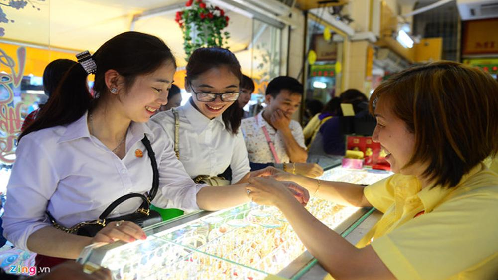 Hai thương hiệu vàng trong nước tiếp tục tăng theo đà thế giới