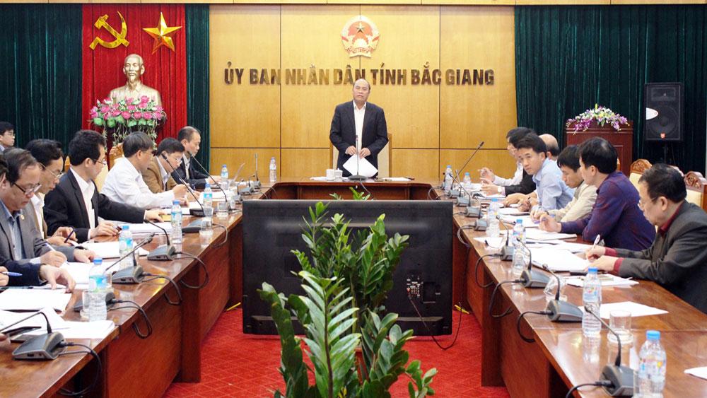 Chủ tịch UBND tỉnh Nguyễn Văn Linh: Tập trung hoàn thành sớm chương trình hỗ trợ cứng hóa GTNT