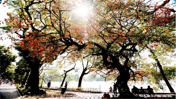 Now's the best time to visit Hanoi's Hoan Kiem Lake, and here's why