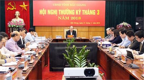 Chủ tịch UBND tỉnh Nguyễn Văn Linh: Hoàn thành xây dựng kế hoạch phát triển KT-XH, kiểm soát chặt tải trọng xe