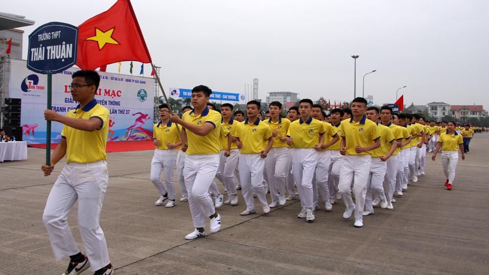 Khai mạc Giải Việt dã truyền thống Báo Bắc Giang lần thứ 37 năm 2018