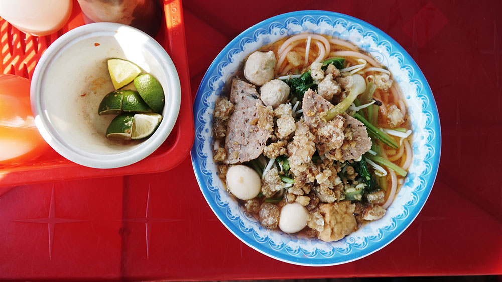 Red noodles to chili bread: Take a food tour through Vietnam's Central Highlands for $3