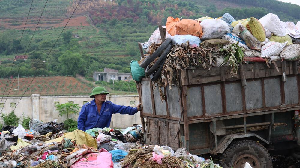 Hơn 1.000 người tham gia thu gom, xử lý rác thải