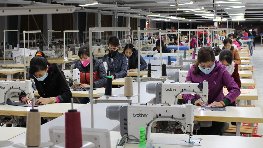 Giá trị sản xuất công nghiệp, tiểu thủ công nghiệp tăng 19,15%
