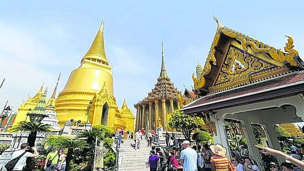 Thái Lan thí điểm hoàn thuế trong thành phố cho khách nước ngoài