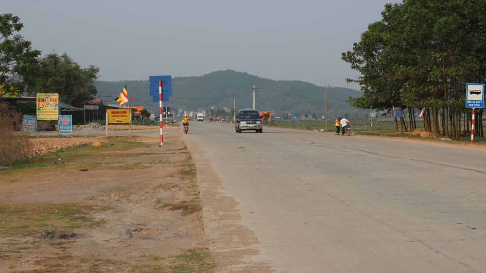 Rác thải sinh hoạt trên tỉnh lộ 293 đã được xử lý