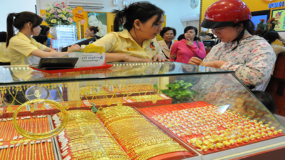 Giá vàng trong nước không đổi, tỷ giá ngân hàng giảm nhẹ
