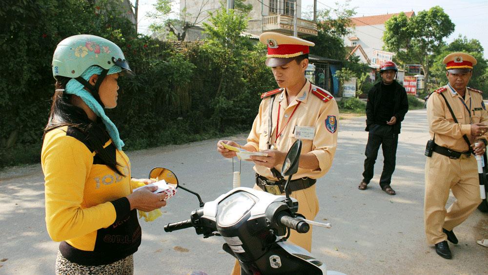 Hơn 3 nghìn bản cam kết không vi phạm trật tự an toàn giao thông