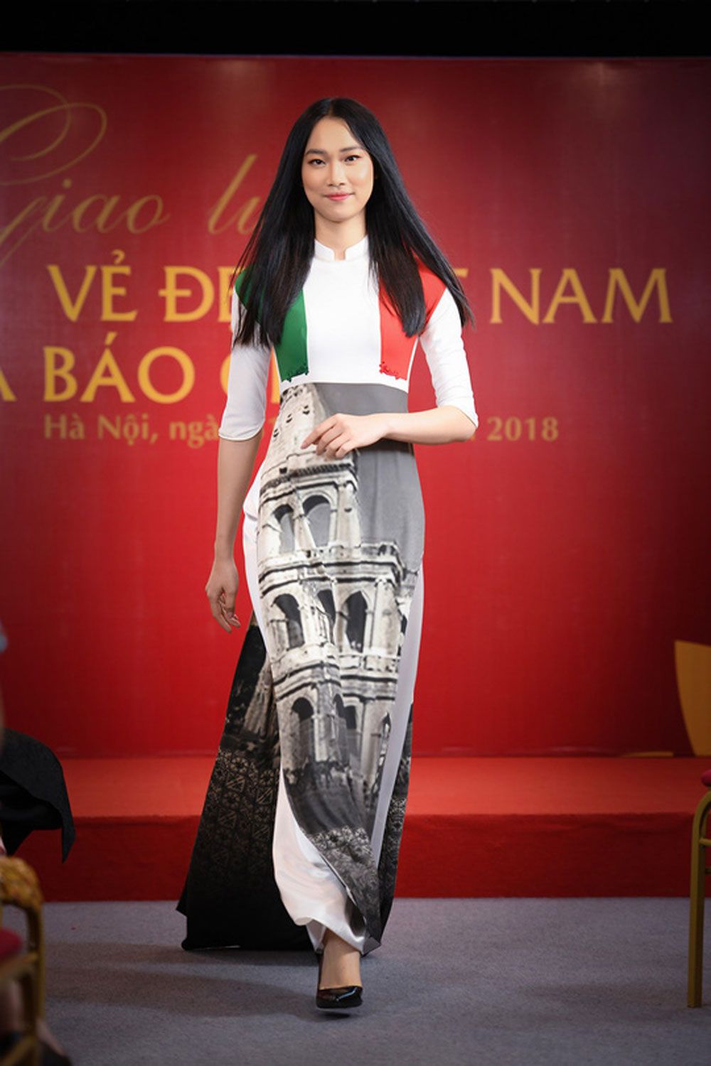 Ao Dai collection, national flags, Cannes Festival,  fashion designer Do Trinh Hoai Nam, traditional values, Women in Love