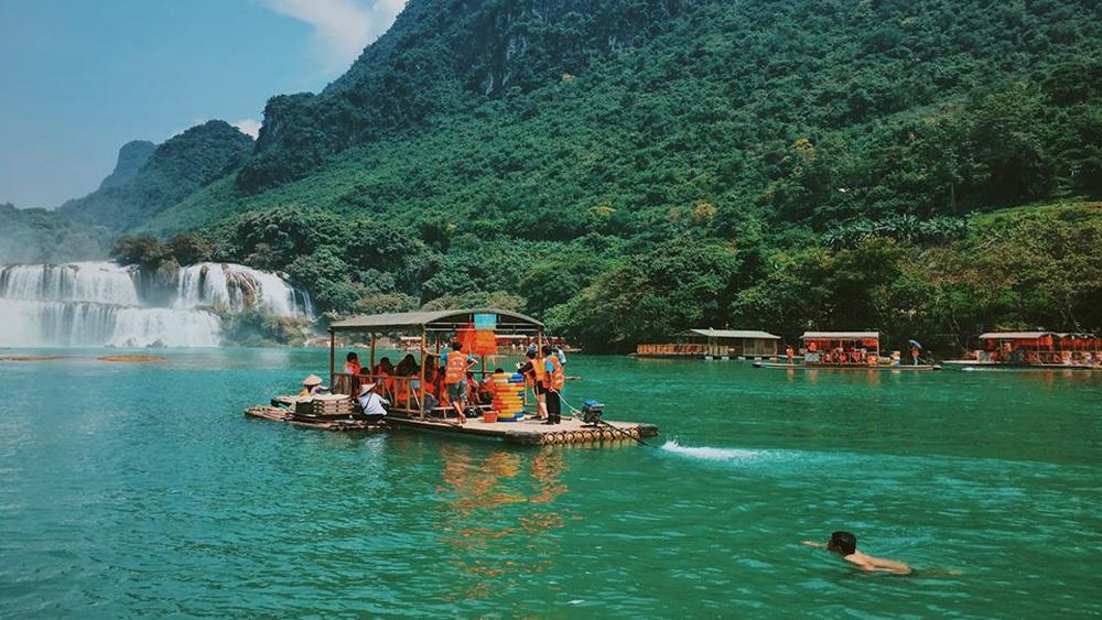 điểm du lịch, du khách, trải nghiệm, Thác Bản Giốc, Hồ Ba Bể, Hòn Khô, Đảo Hải Tặc, Ninh Bình