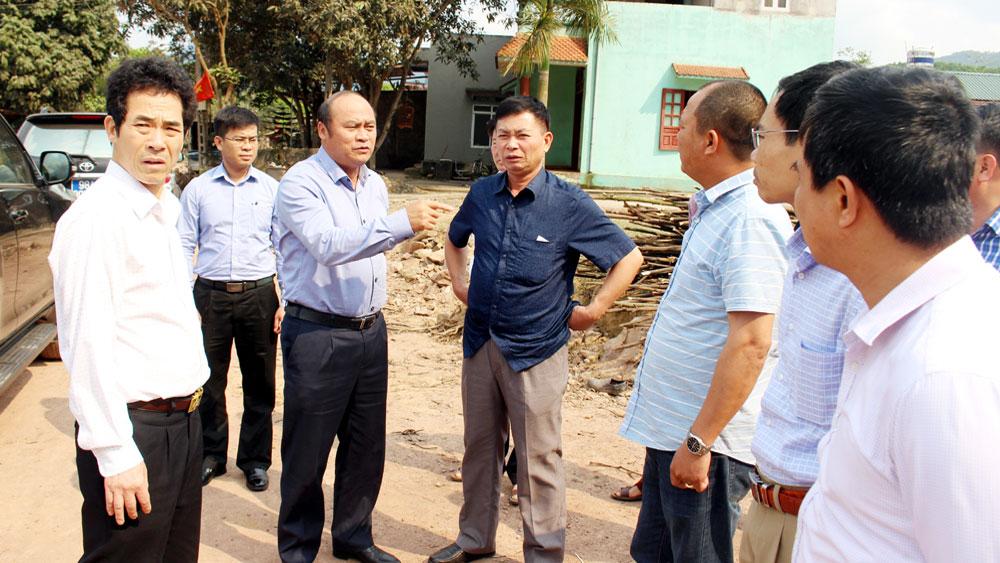 Chủ tịch UBND tỉnh Nguyễn Văn Linh kiểm tra tiến độ thi công đường tỉnh 293