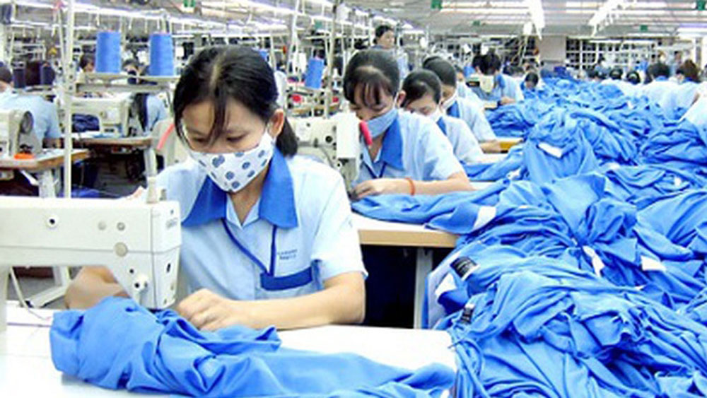 Garment-textile sector earns US$ 8 billion from exports in Q1