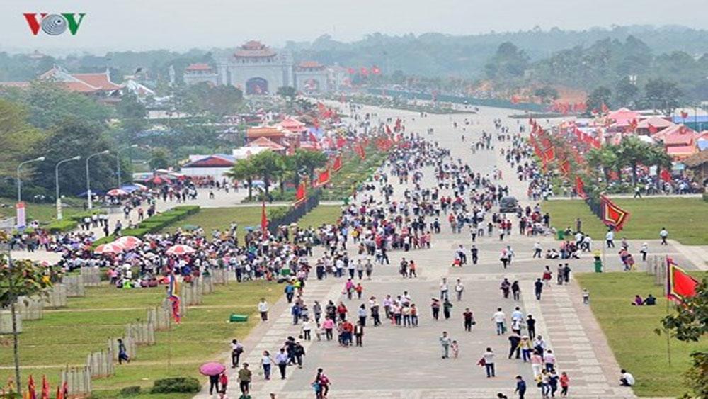 """Lễ hội đền Hùng 2018: Cam kết không còn """"chặt chém"""", ăn xin"""