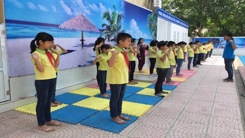 Hiệp Hòa triển khai xây dựng 12 bể bơi trong trường học