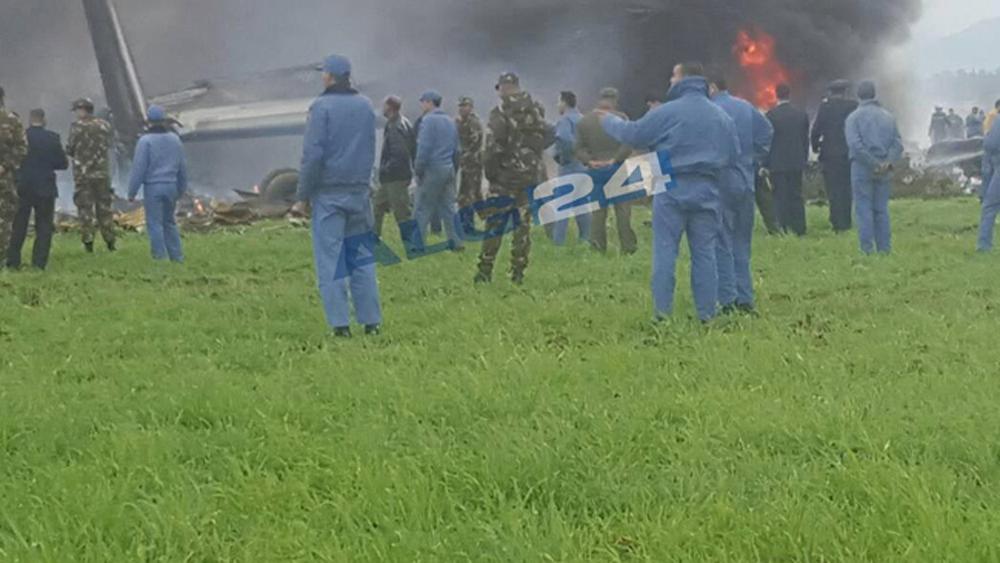 Rơi máy bay quân sự ở Algeria khiến gần 200 người thiệt mạng