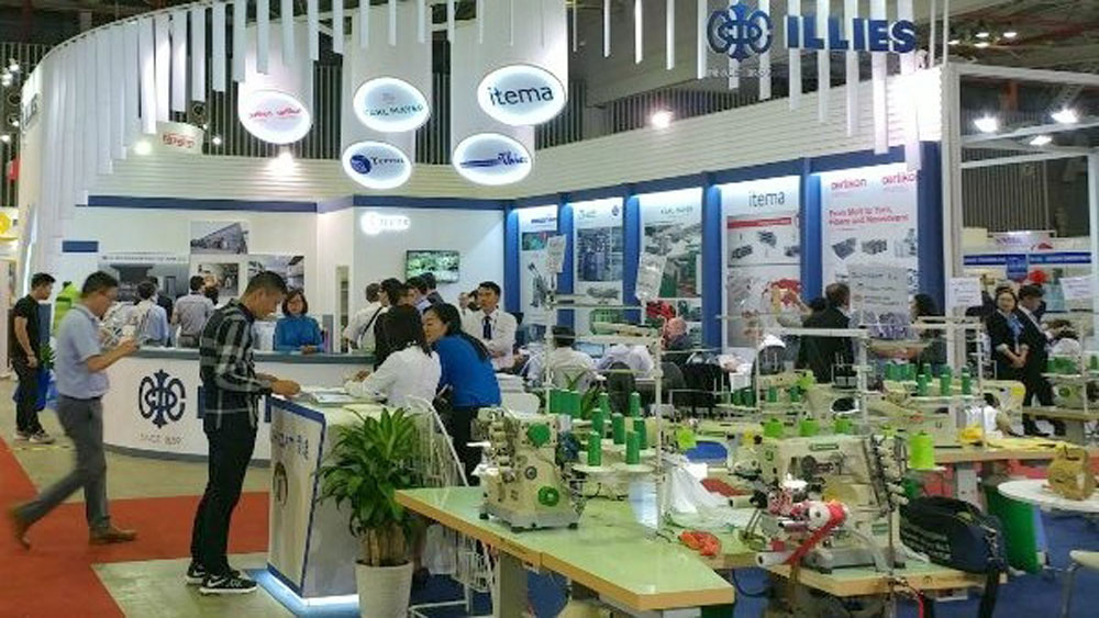 More than 900 exhibitors gather at HCMC textile and garment expo