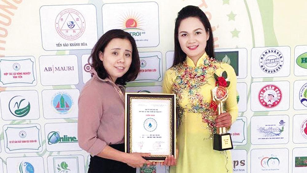 Lục Nam, Bắc Giang , nữ giám đốc 8X,  ước mơ, mật ong rừng,  xuất ngoại