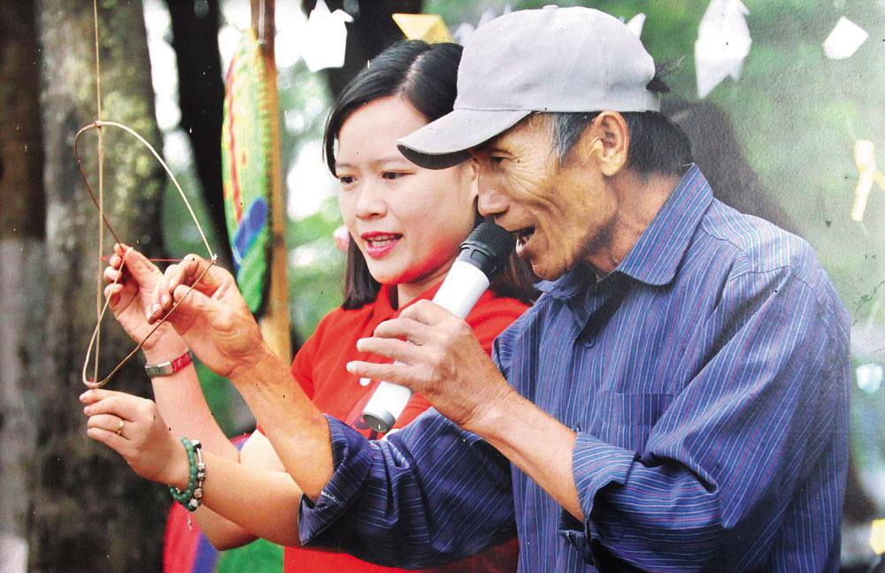 cựu chiến binh,  Ngô Văn Bội, Một đời,  đam mê,  diều sáo, Hồng Phúc, Song Vân