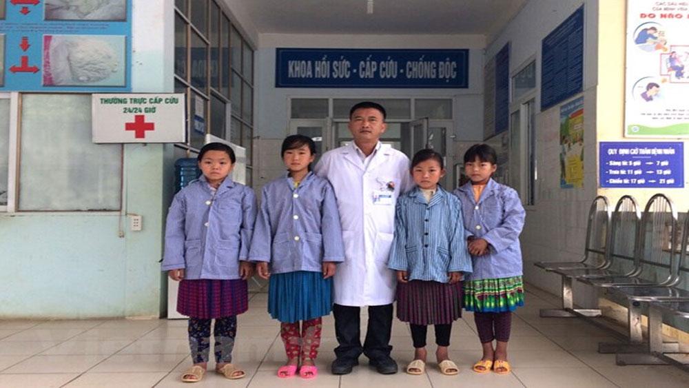 Ba học sinh uống thuốc trừ sâu ở Hà Giang đã được xuất viện