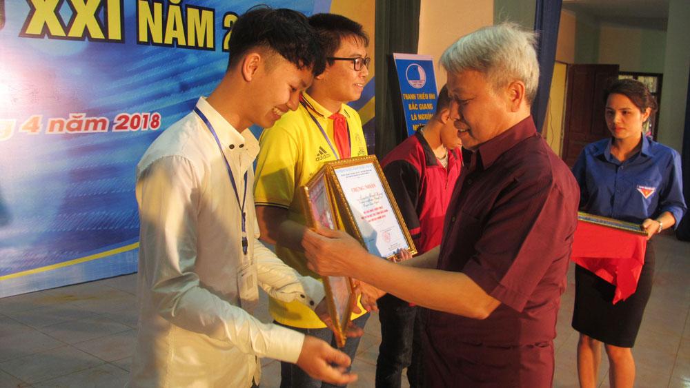 Bắc Giang: 4 thí sinh sẽ tham gia Hội thi Tin học trẻ toàn quốc
