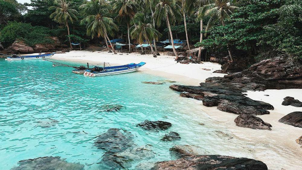 Tour nội địa sôi động hành trình biển đảo dịp lễ 30-4