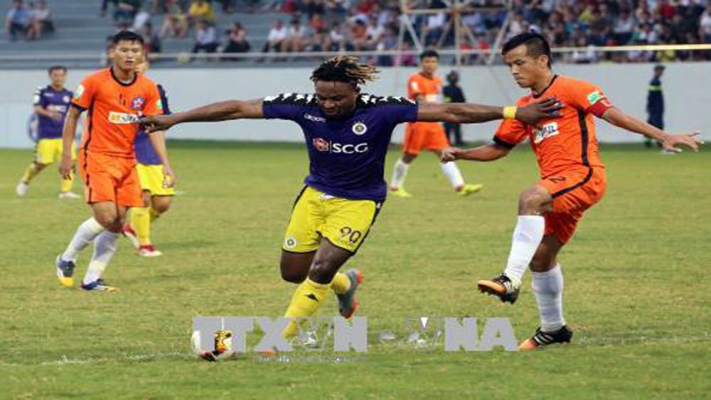 CLB Hà Nội tiếp tục đứng đầu bảng xếp hạng sau chiến thắng trước SHB Đà Nẵng