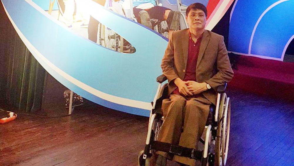 Bắc Giang:  Hai người khuyết tật tiêu biểu được tuyên dương