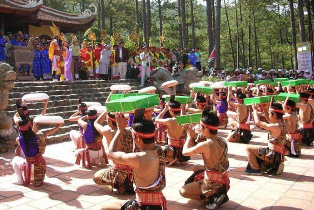 Hung Kings Temple festival, panoply of cultural activities, Phu Tho province, great legendary father, Lac Long Quan, great mother, Au Co