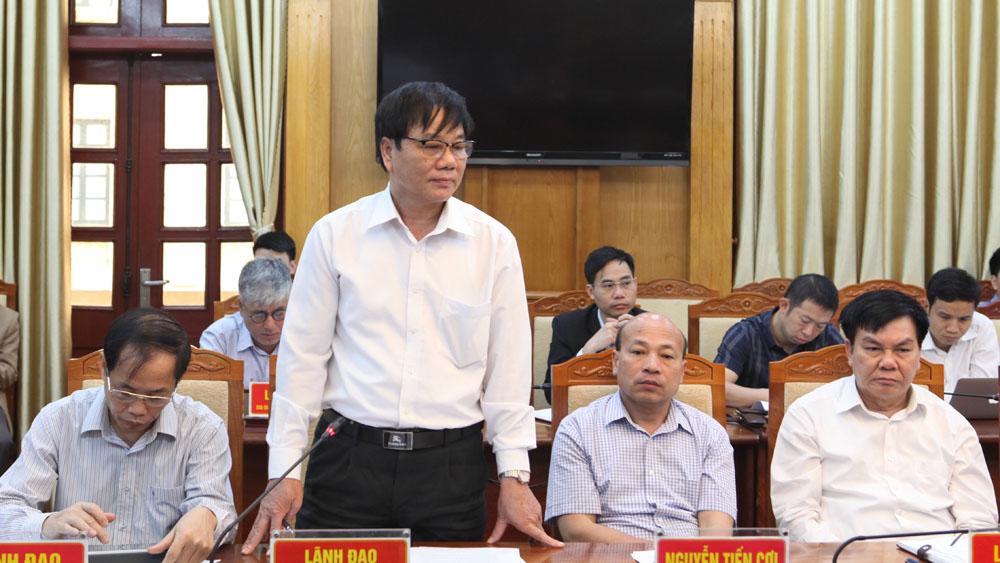 Ông Nguyễn Văn Doanh, Phó Giám đốc Sở Nông nghiệp và PTNT phát biểu tại hội nghị.