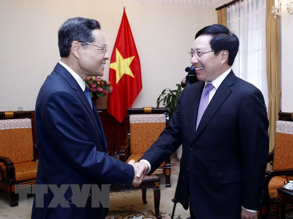 Deputy PM, Vietnam,relations with China, great importance, comprehensive strategic cooperative partnership,  cooperative relations, friendship exchanges