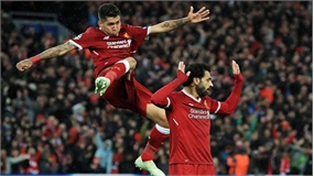 Salah và Firmino cùng đi vào lịch sử Champions League