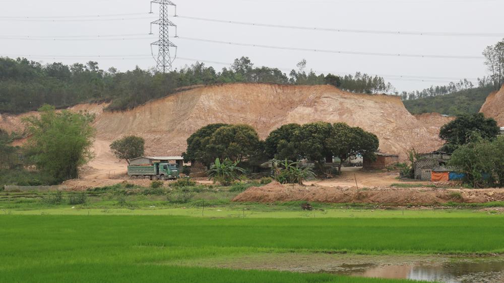 Đề nghị chấm dứt hoạt động ở một số điểm khai thác khoáng sản