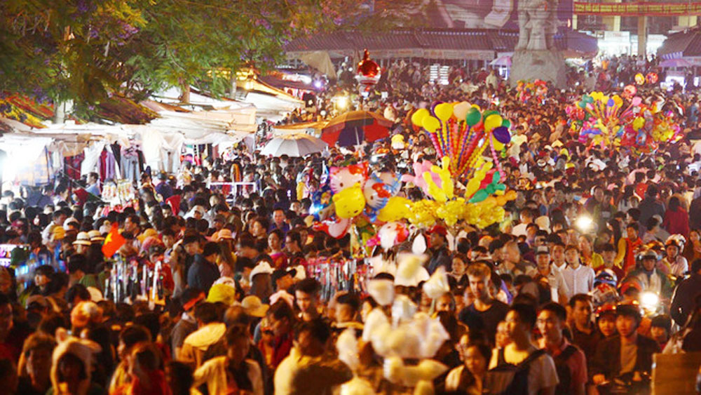 Vietnam, top tourist destinations, huge crowds, holiday weekend, four-day break, long holiday, popular destinations, tourist destinations,  natural beauty, overheated development,